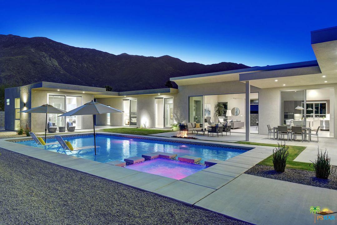 395 East Bogert Trails Palm Springs, CA 92264