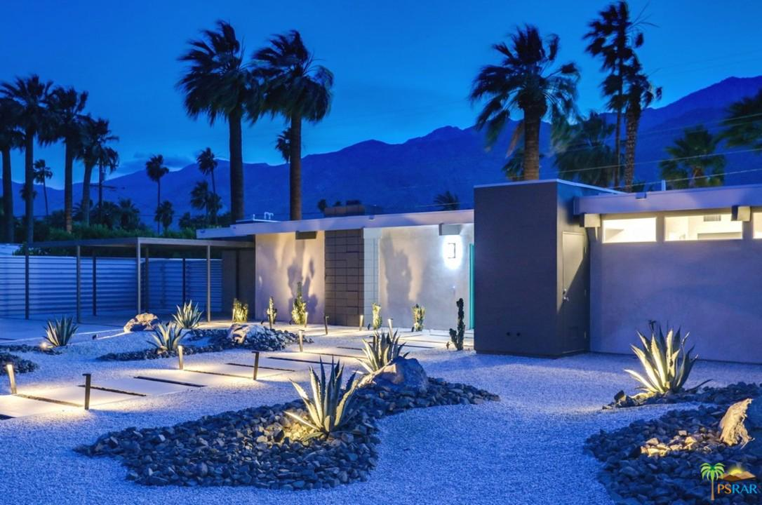 239 North Burton Way Palm Springs, CA 92262