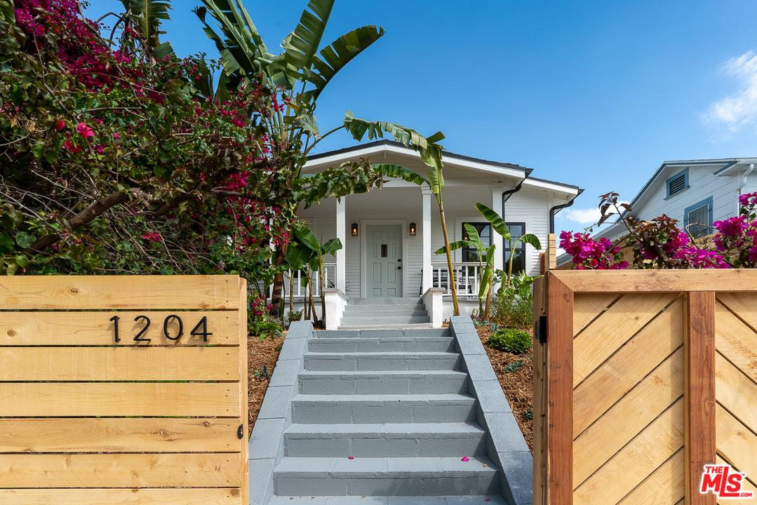 1204 Sanborn Avenue Los Angeles, CA 90029