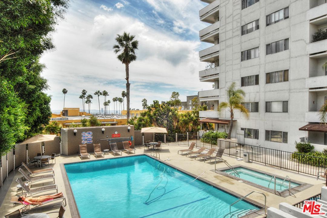 7250 Franklin Avenue Los Angeles, CA 90046