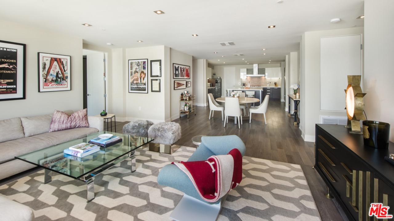 432 North OAKHURST Drive, one of homes for sale in Beverly Hills