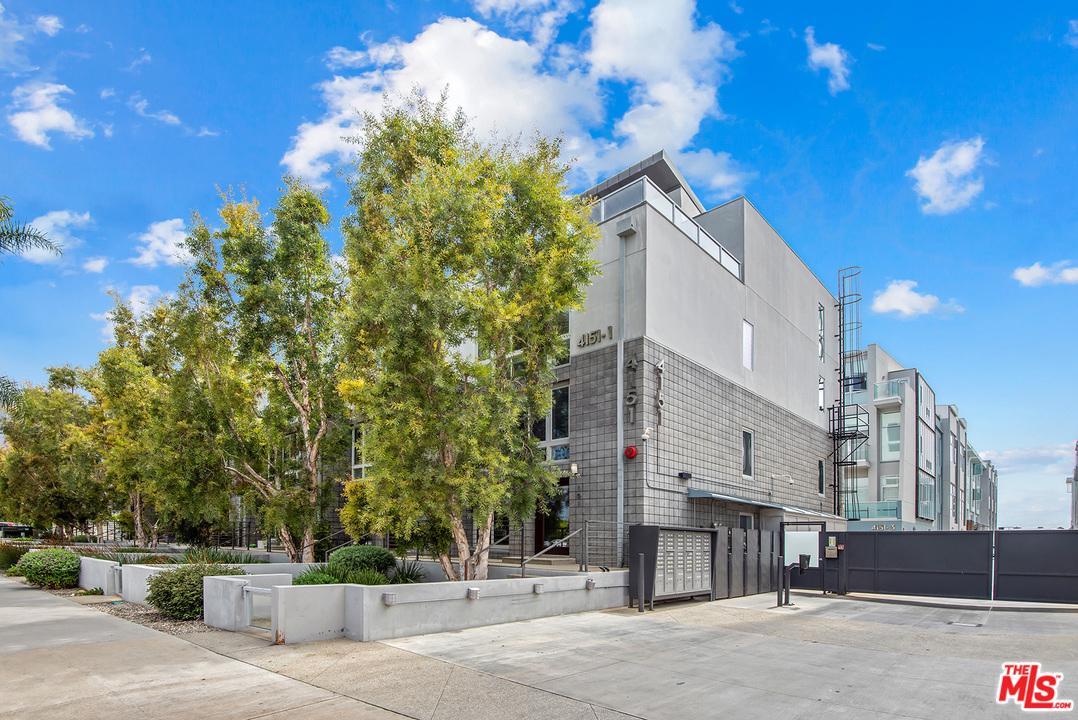 4151 Redwood Avenue Los Angeles, CA 90066