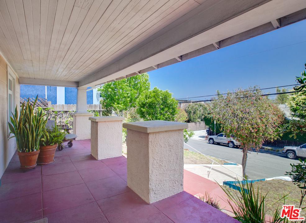 2714 Highland Avenue Santa Monica, CA 90405