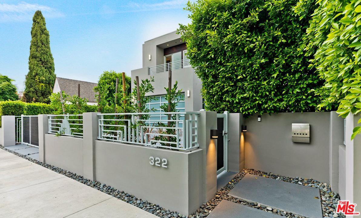 322 North Kings Road Los Angeles, CA 90048