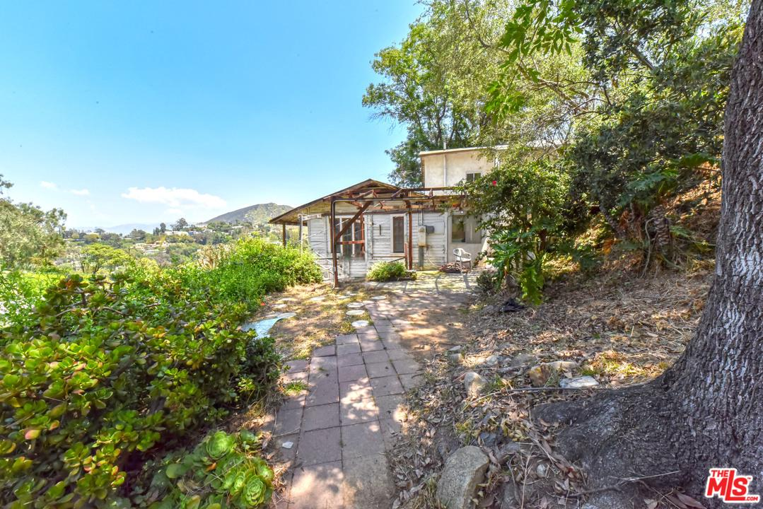 6850 Cahuenga Park Trails Hollywood, CA 90068