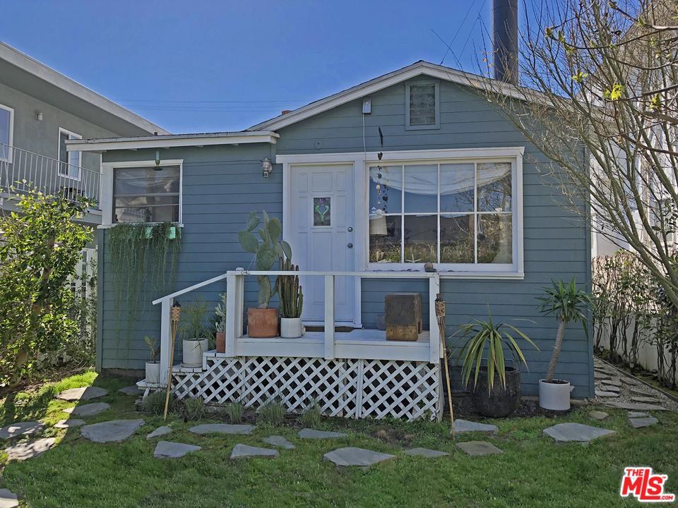 26 Rose Avenue Venice, CA 90291