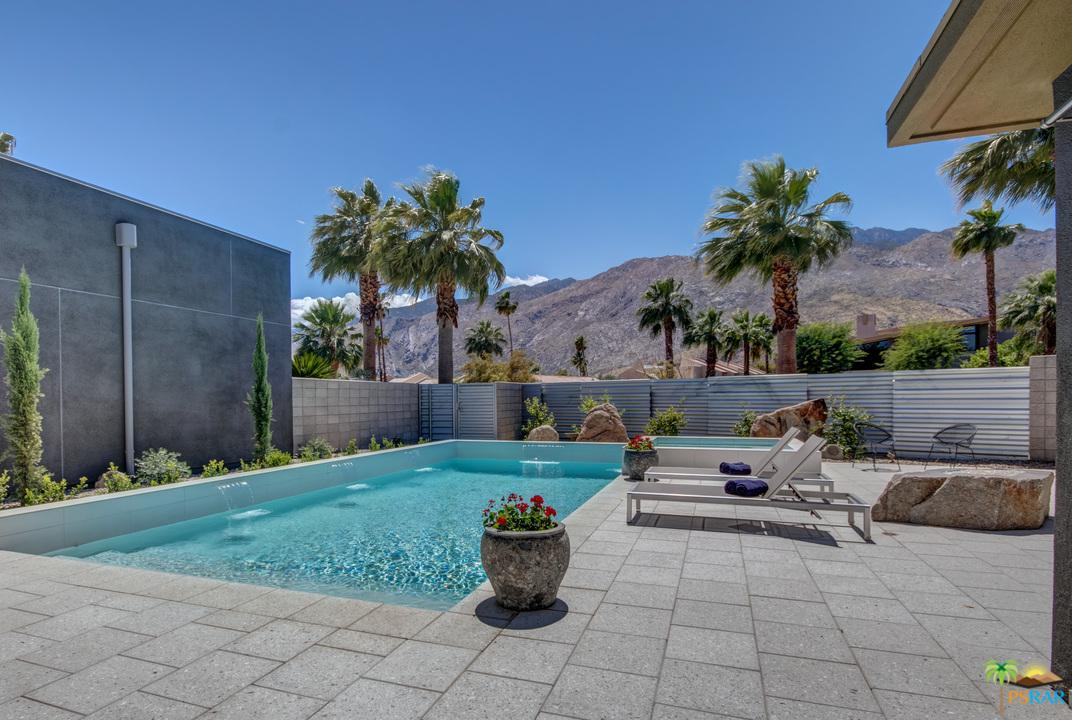 431 Dion Drive Palm Springs, CA 92262