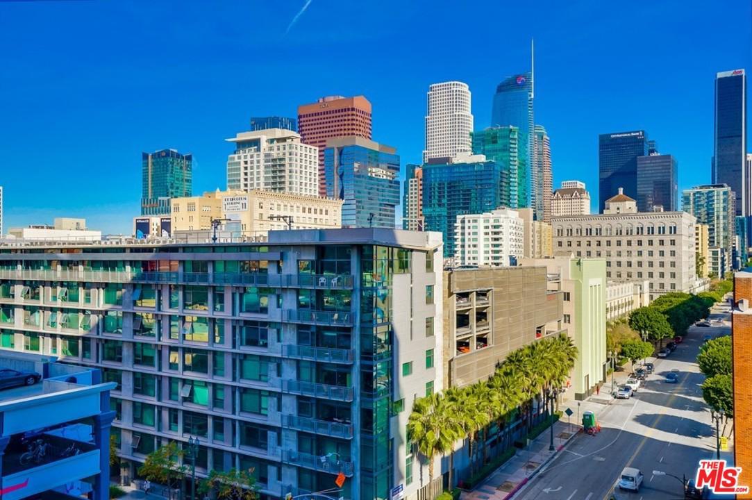 1100 South Hope Street Los Angeles, CA 90015