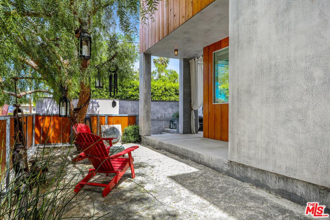 Gated property for sale at 3611 ELLSWORTH Street, Silver Lake Los Angeles California 90026