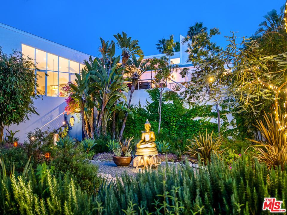 6440 Via Escondido Drive Malibu, CA 90265