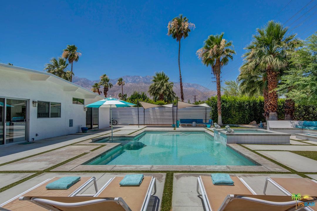 2928 East Plaimor Avenue Palm Springs, CA 92262