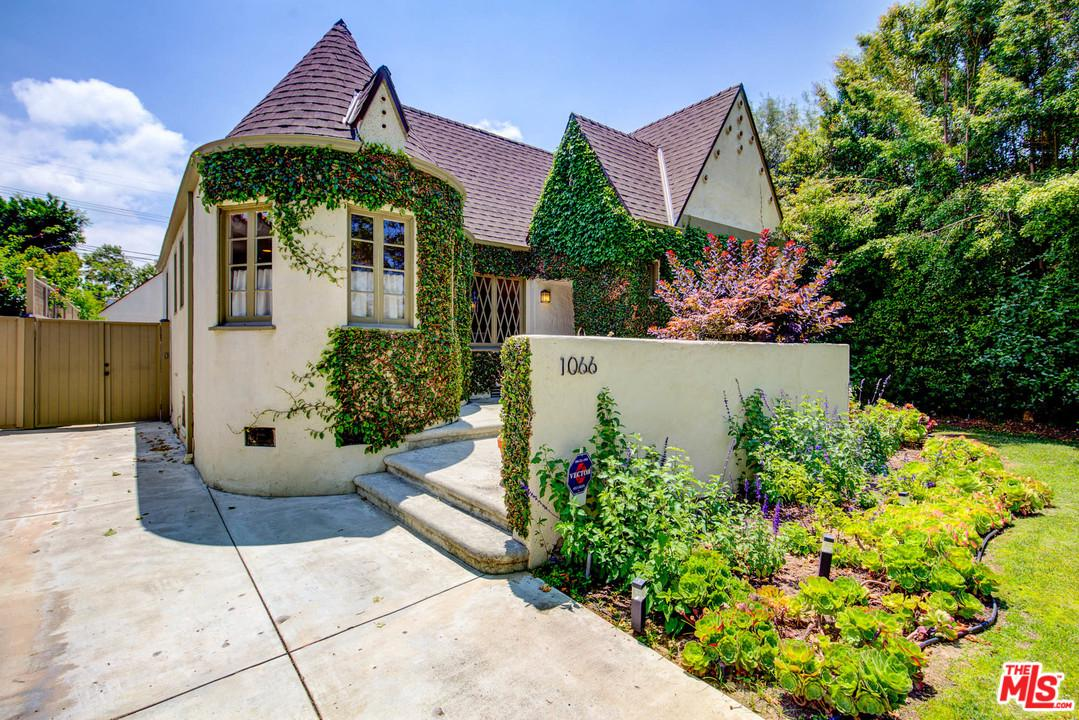 1066 Stearns Drive Los Angeles, CA 90035