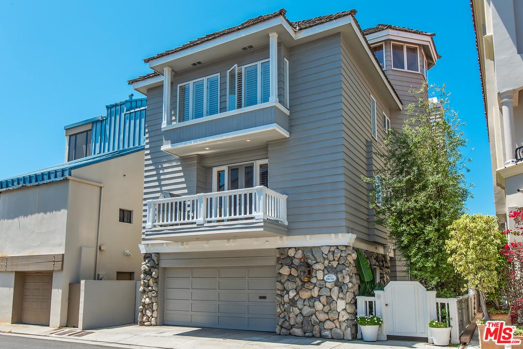 4315 ROMA Court, one of homes for sale in Marina Del Rey