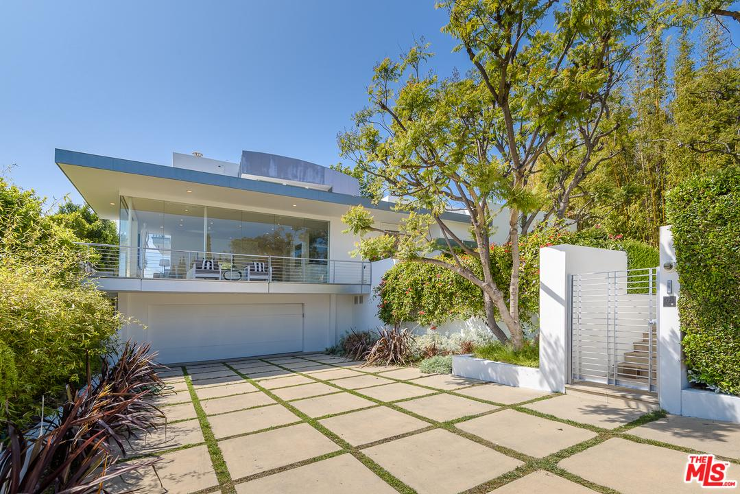 Price Reduced property for sale at 10909 SAVONA Road, Bel Air California 90077