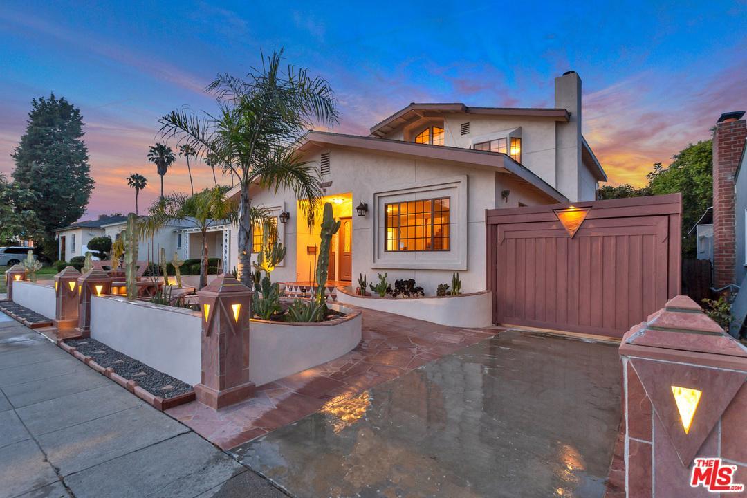 2620 South Bentley Avenue Los Angeles, CA 90064