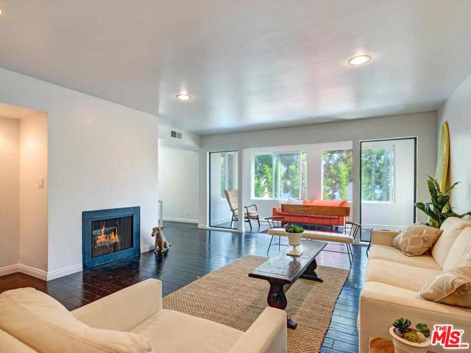 One of Marina Del Rey 2 Bedroom Homes for Sale at 4050 VIA DOLCE