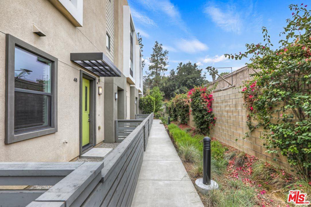 3945 Eagle Rock Boulevard Los Angeles, CA 90065