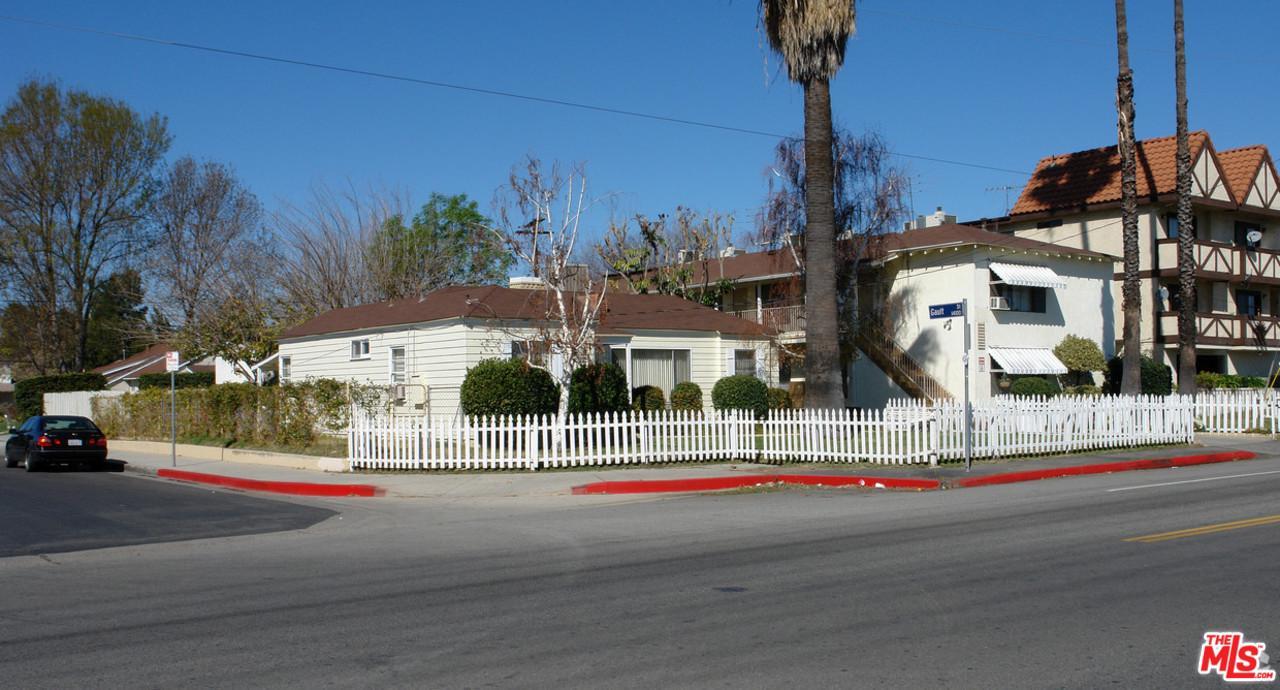7105 HAZELTINE Avenue, Van Nuys, California 11 Bedroom as one of Homes & Land Real Estate