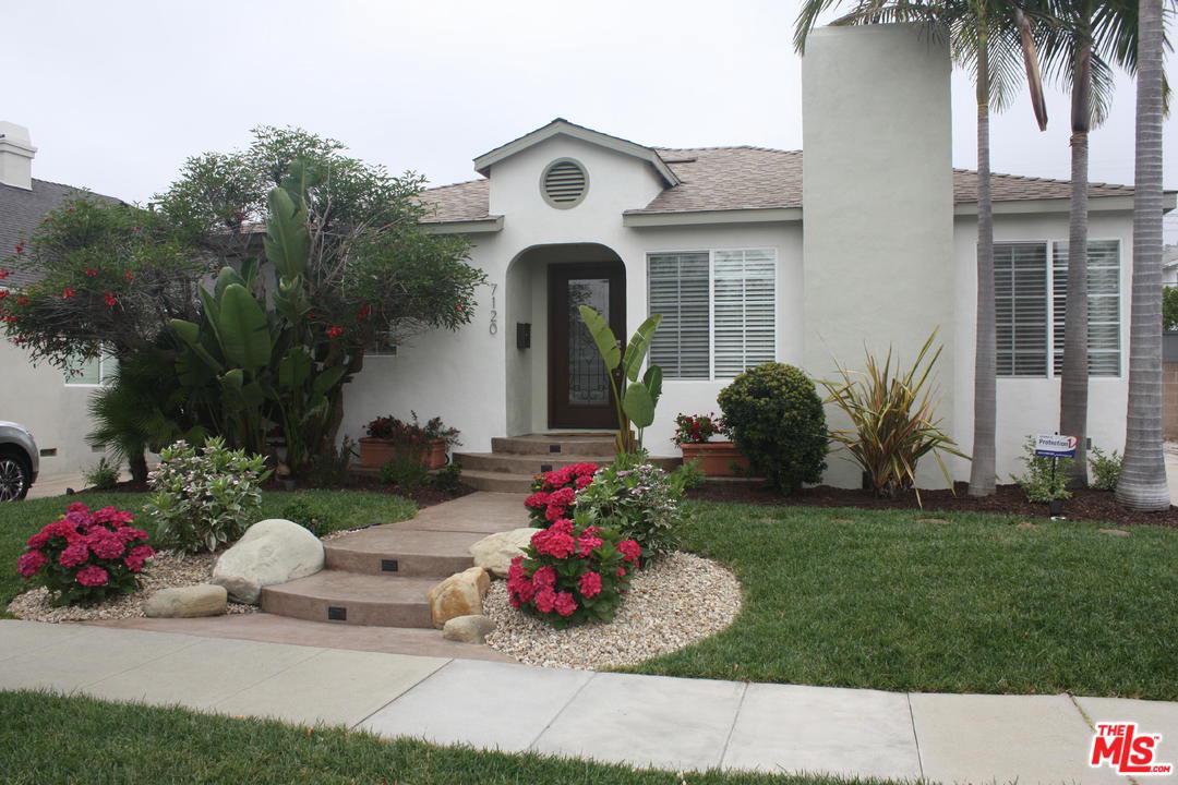7120 Alverstone Avenue Los Angeles, CA 90045