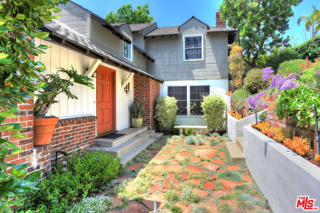 Pool property for sale at 2415 MICHELTORENA Street, Silver Lake Los Angeles California 90039