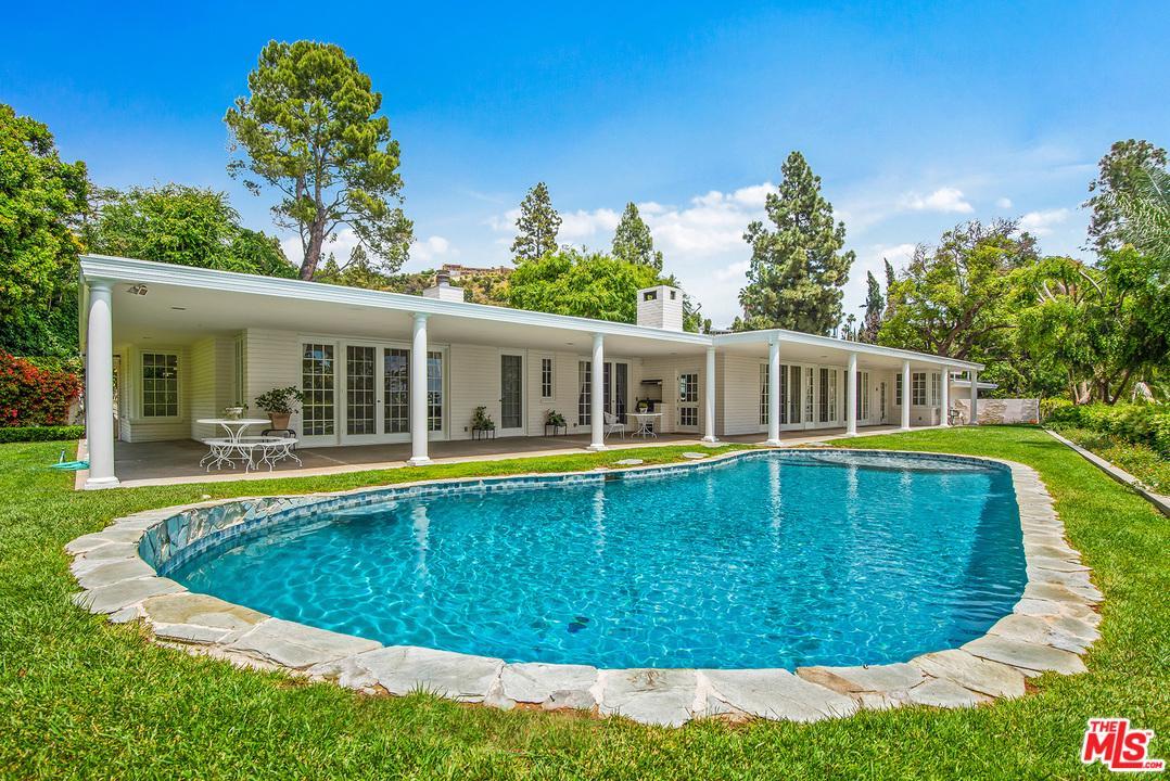 1201 LOMA VISTA Drive, Beverly Hills, California