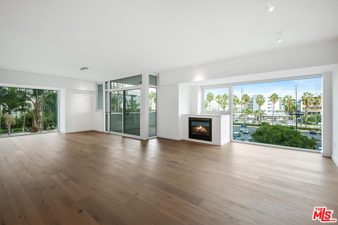 One of Marina Del Rey 2 Bedroom Homes for Sale at 13600 MARINA POINTE DRIVE