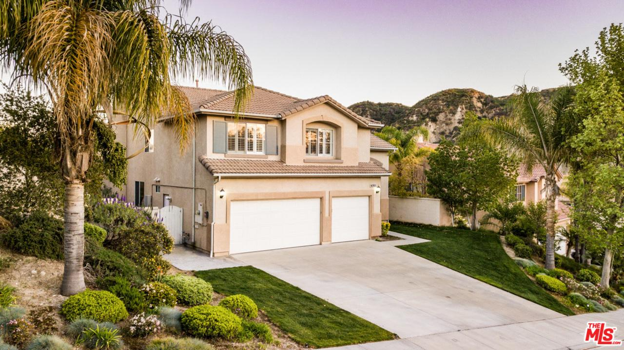25626 MOORE Lane, one of homes for sale in Stevenson Ranch
