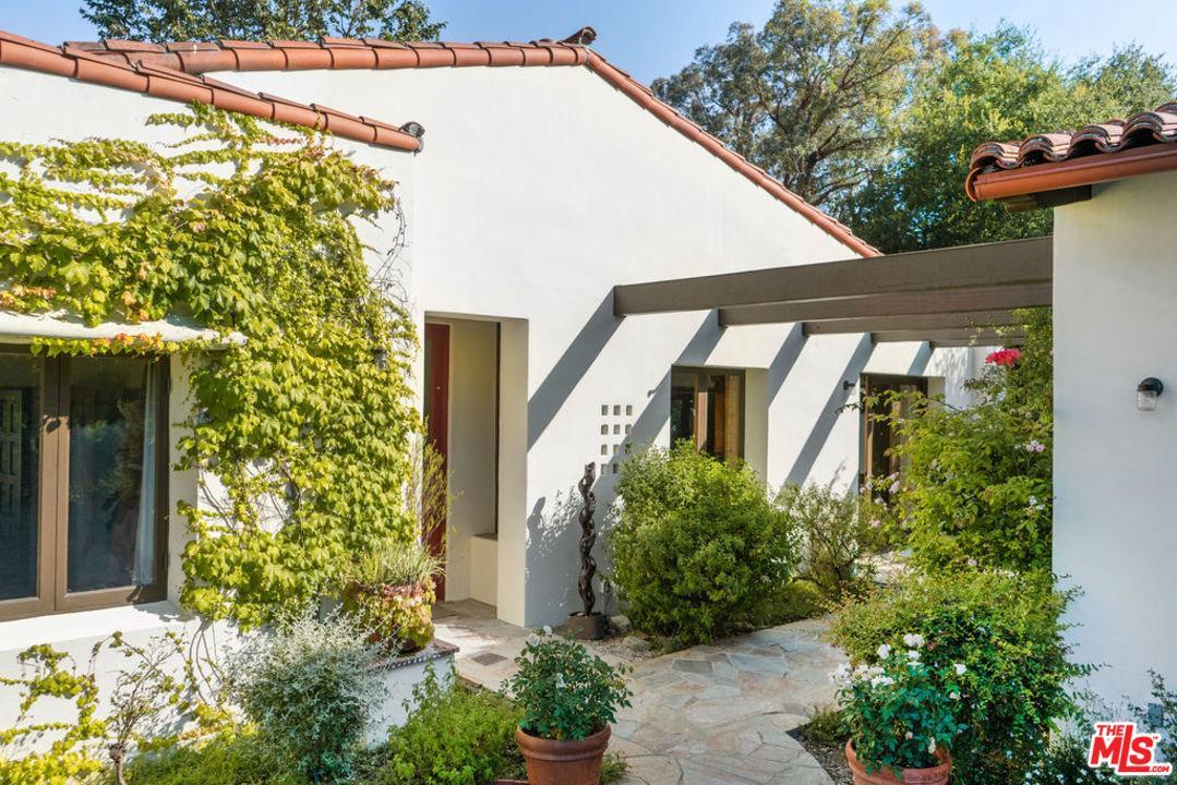 25732 VISTA VERDE Drive, Calabasas in Los Angeles County, CA 91302 Home for Sale