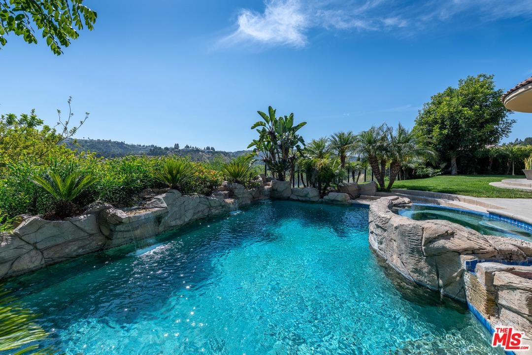 One of Bel Air 6 Bedroom Homes for Sale at 2129 QUEENSBOROUGH Lane