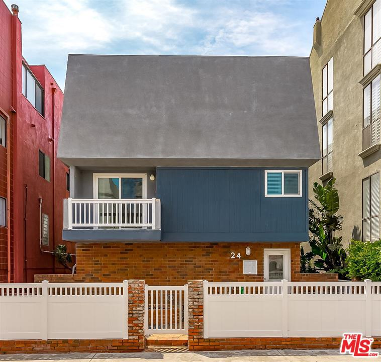 24 Lighthouse Street Venice, CA 90292