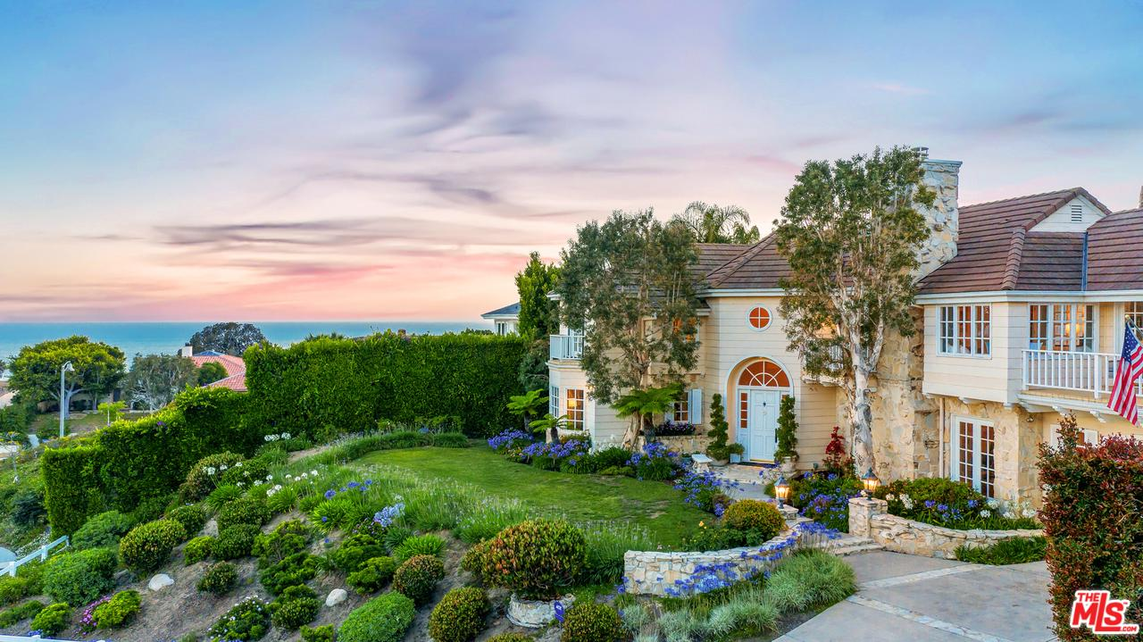 3605 Forest Gate Circle Malibu, CA 90265