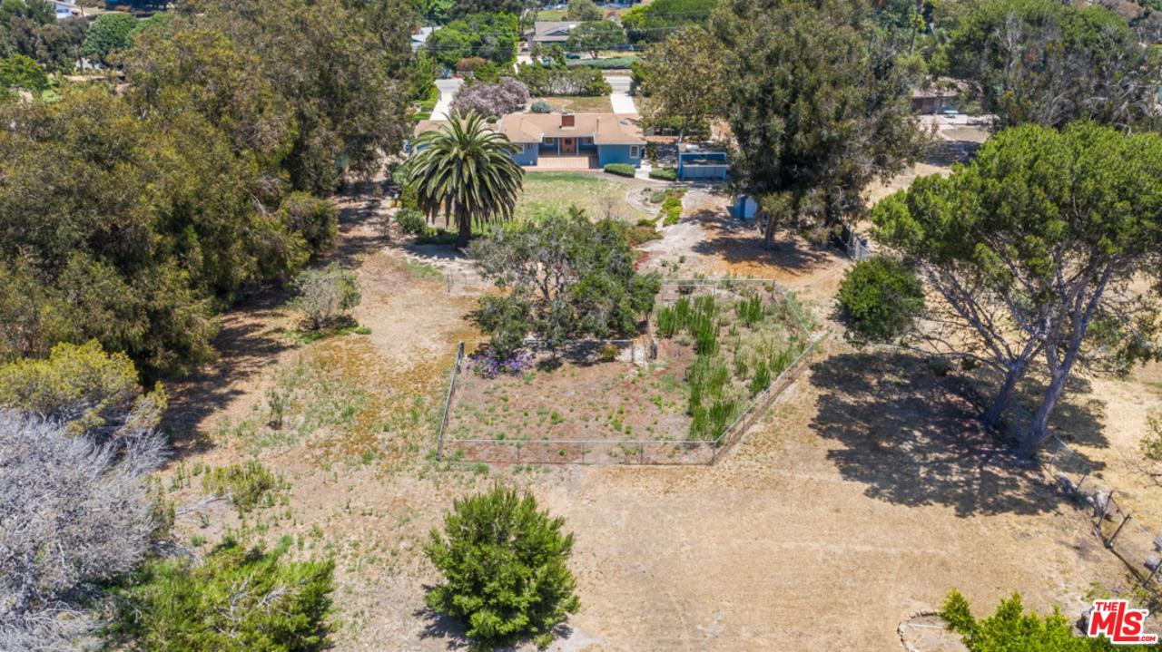 6965 Fernhill Drive Malibu, CA 90265