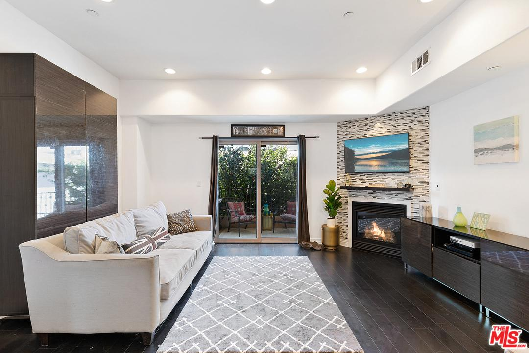 One of Van Nuys 3 Bedroom Homes for Sale at 14702 MAGNOLIA