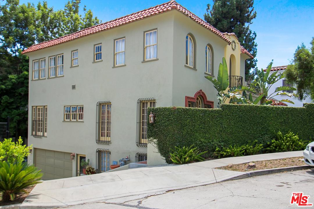 6538 CAHUENGA Terrace, Hollywood Hills in Los Angeles County, CA 90068 Home for Sale