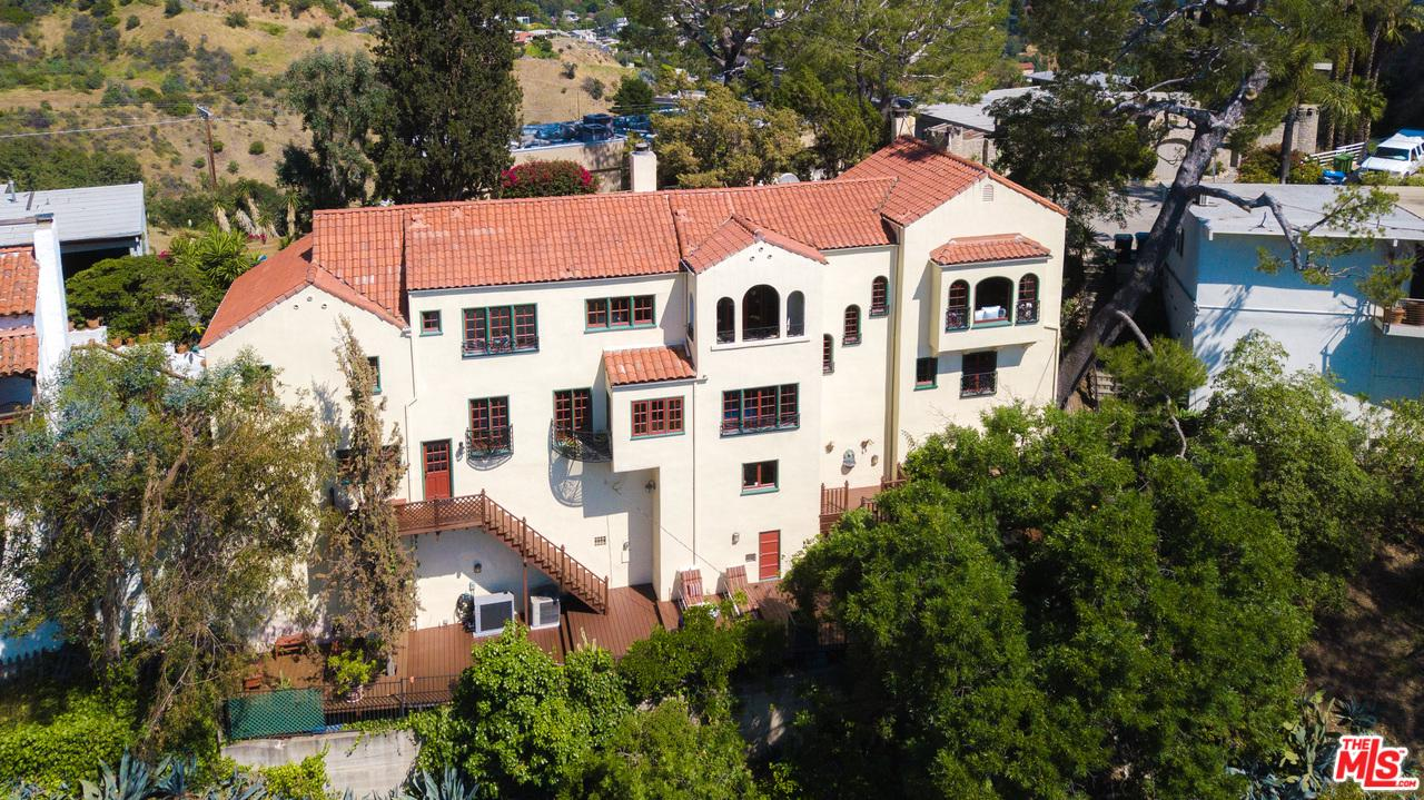 2831 HOLLYRIDGE Drive, Hollywood Hills in Los Angeles County, CA 90068 Home for Sale