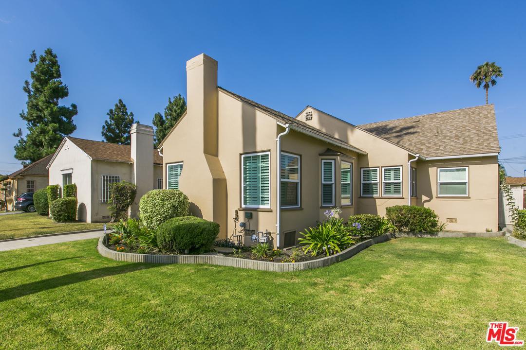 4015 DEGNAN Boulevard, Crenshaw, California