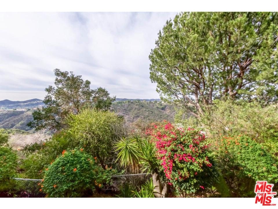 2345 ROSCOMARE Road, one of homes for sale in Bel Air