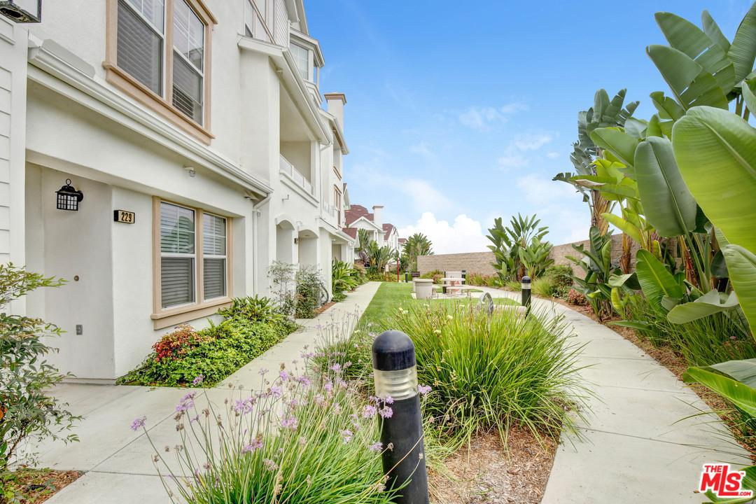 810 HARBOR CLIFF Way 92054 - One of Oceanside Homes for Sale