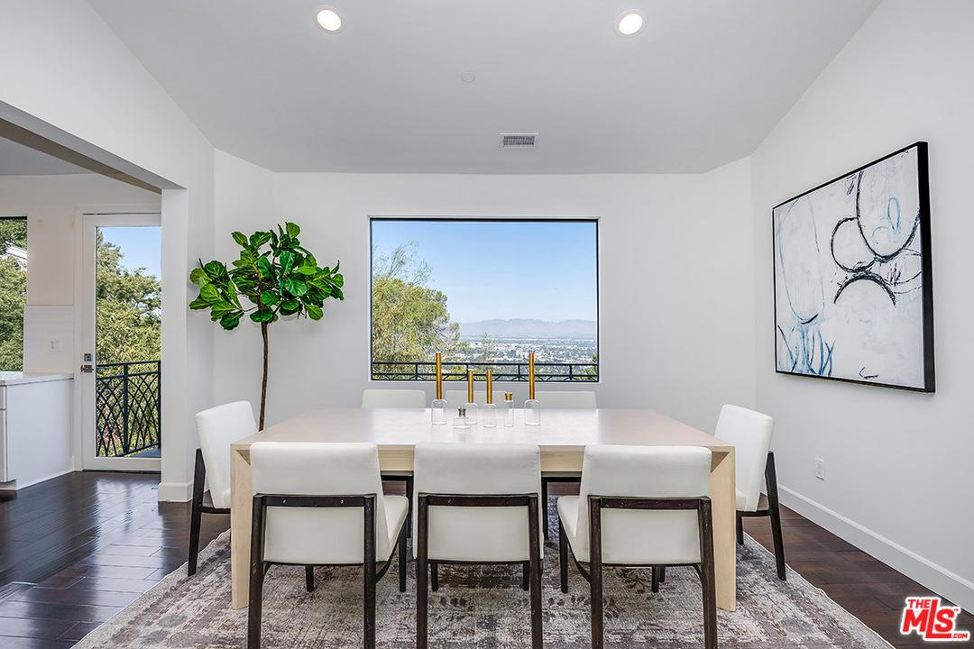 3535 MULTIVIEW Drive, Hollywood Hills, California