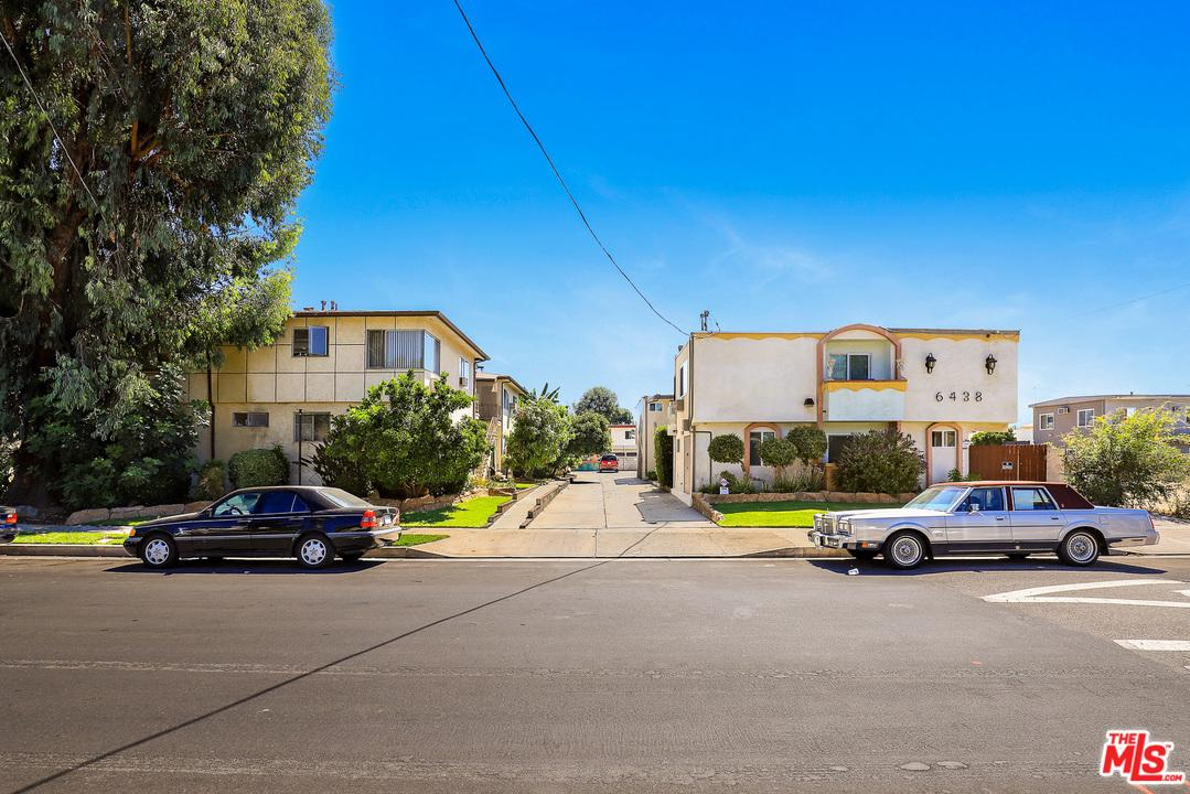 6438 MAMMOTH Avenue, Van Nuys, California 11 Bedroom as one of Homes & Land Real Estate
