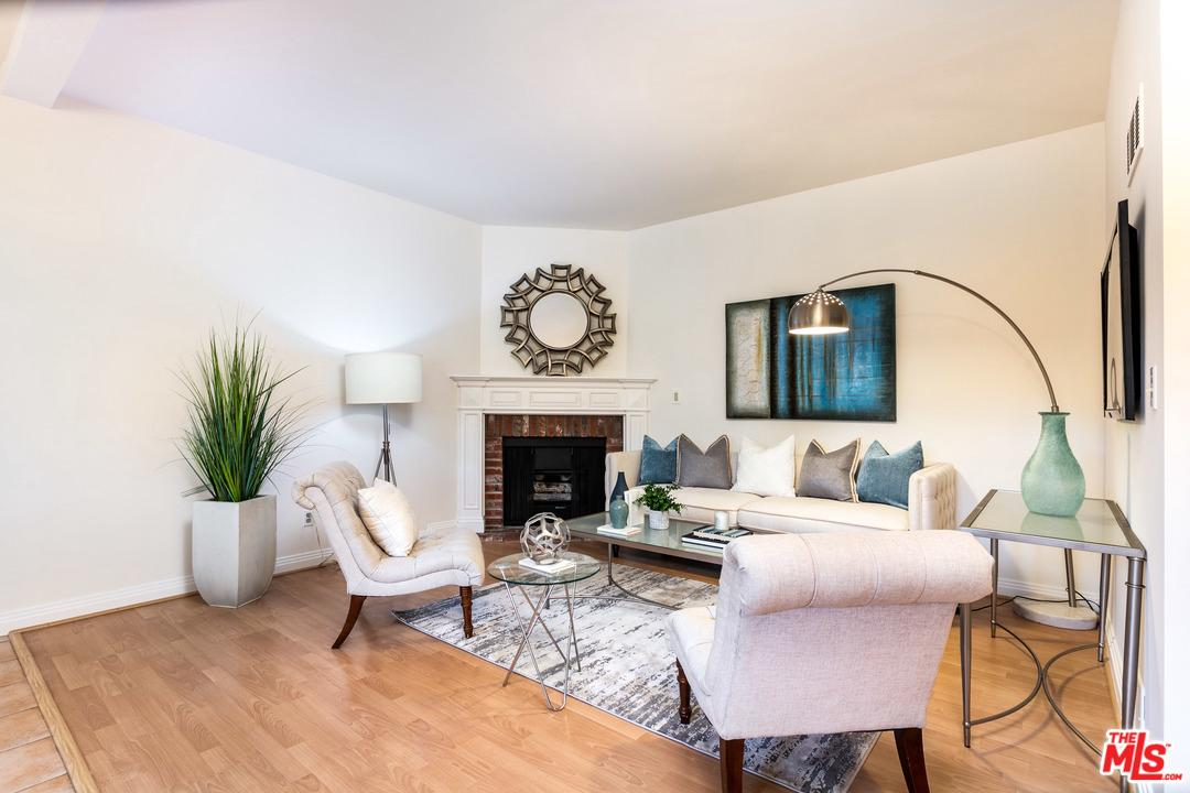 10945 HORTENSE Street, Toluca Lake in Los Angeles County, CA 91602 Home for Sale
