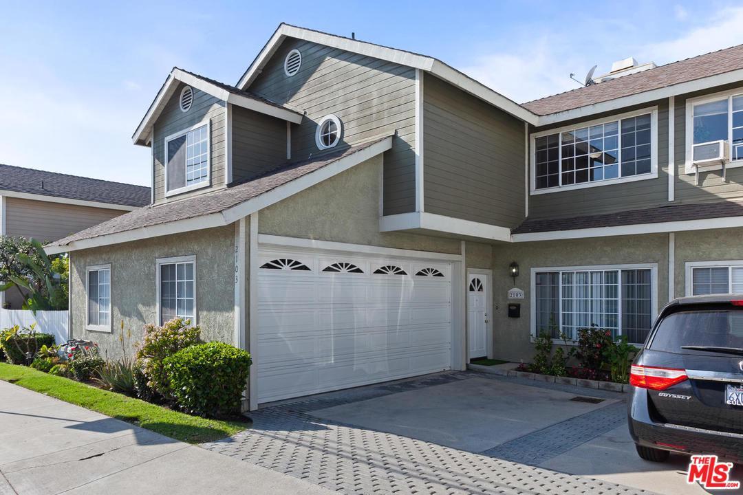 2103 FELTON Lane, one of homes for sale in Redondo Beach