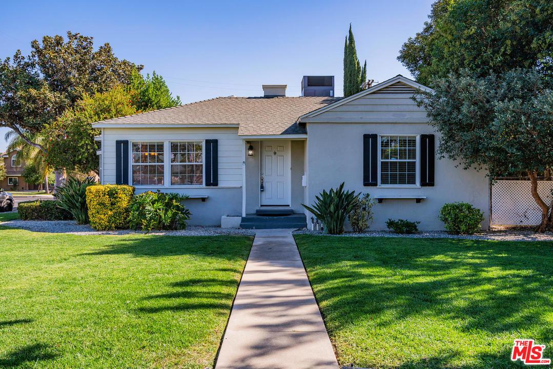 7754 GENESTA Avenue, Van Nuys, California
