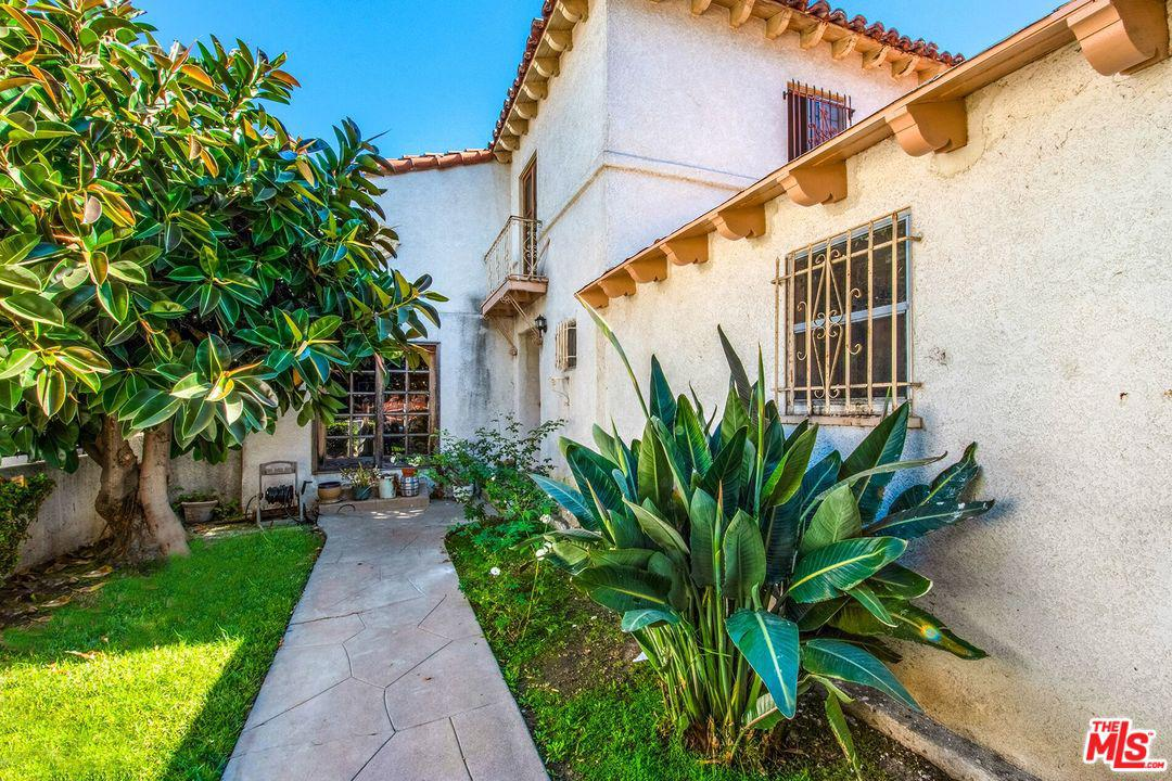 4252 South NORTON Avenue, Crenshaw in Los Angeles County, CA 90008 Home for Sale