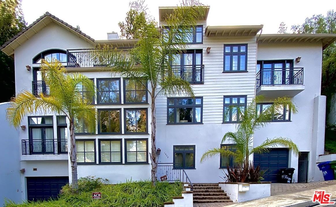 1633 RD STONE CANYON, Beverly Glen, California