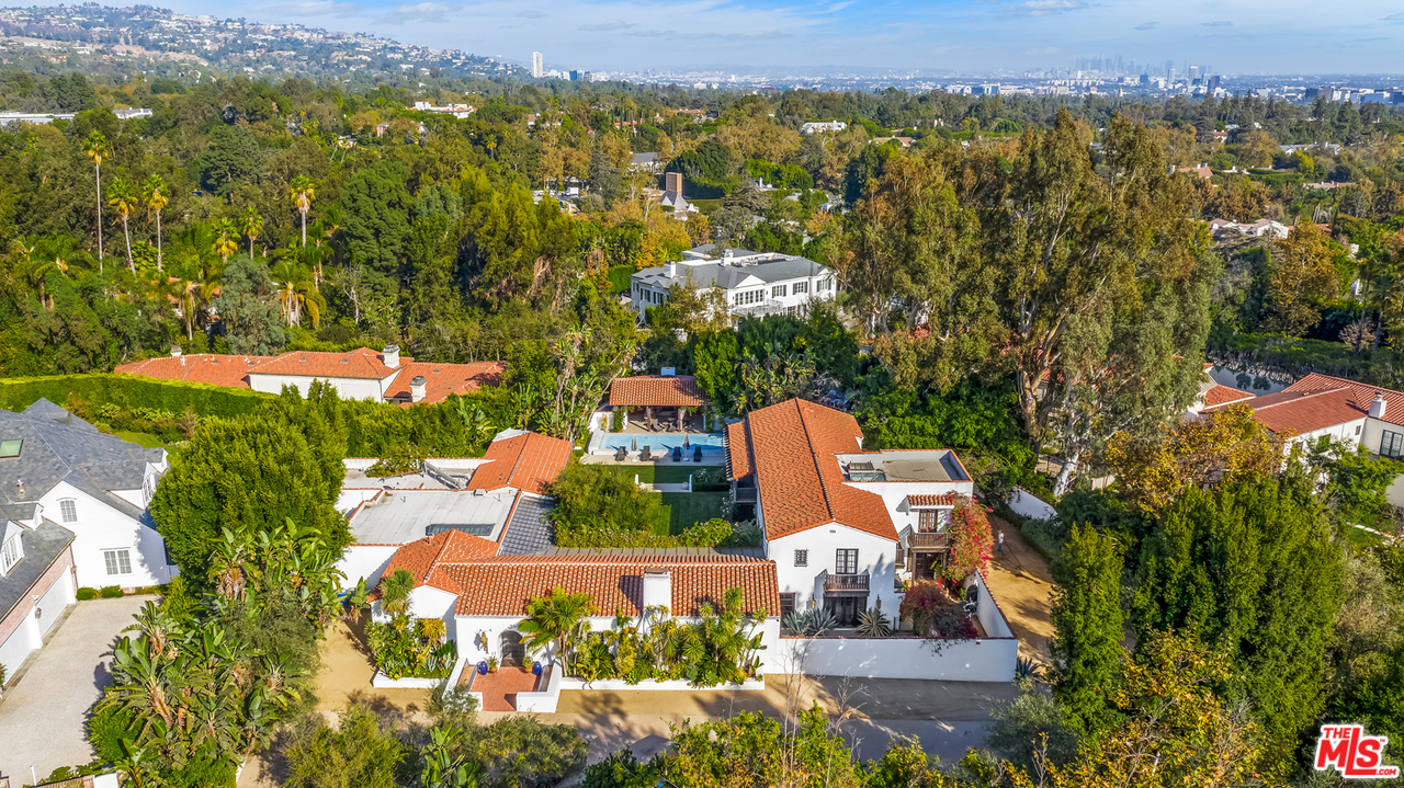 212 COPA DE ORO Road, Beverly Glen, California