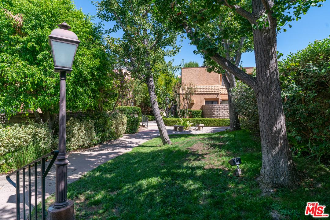 5243 YARMOUTH Avenue, one of homes for sale in Van Nuys