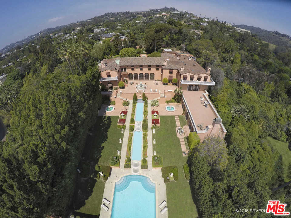 1011 North BEVERLY Drive, one of homes for sale in Beverly Hills PO