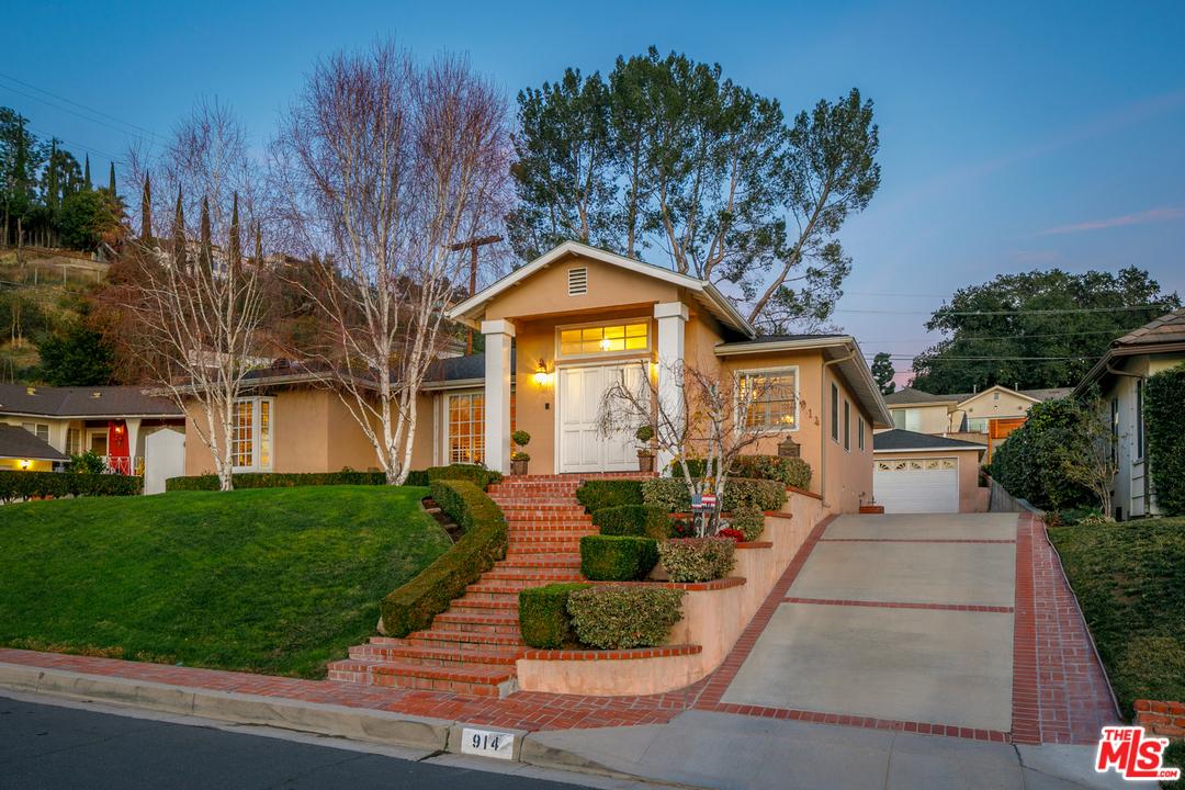 914 GLENVISTA Drive, Glendale, California