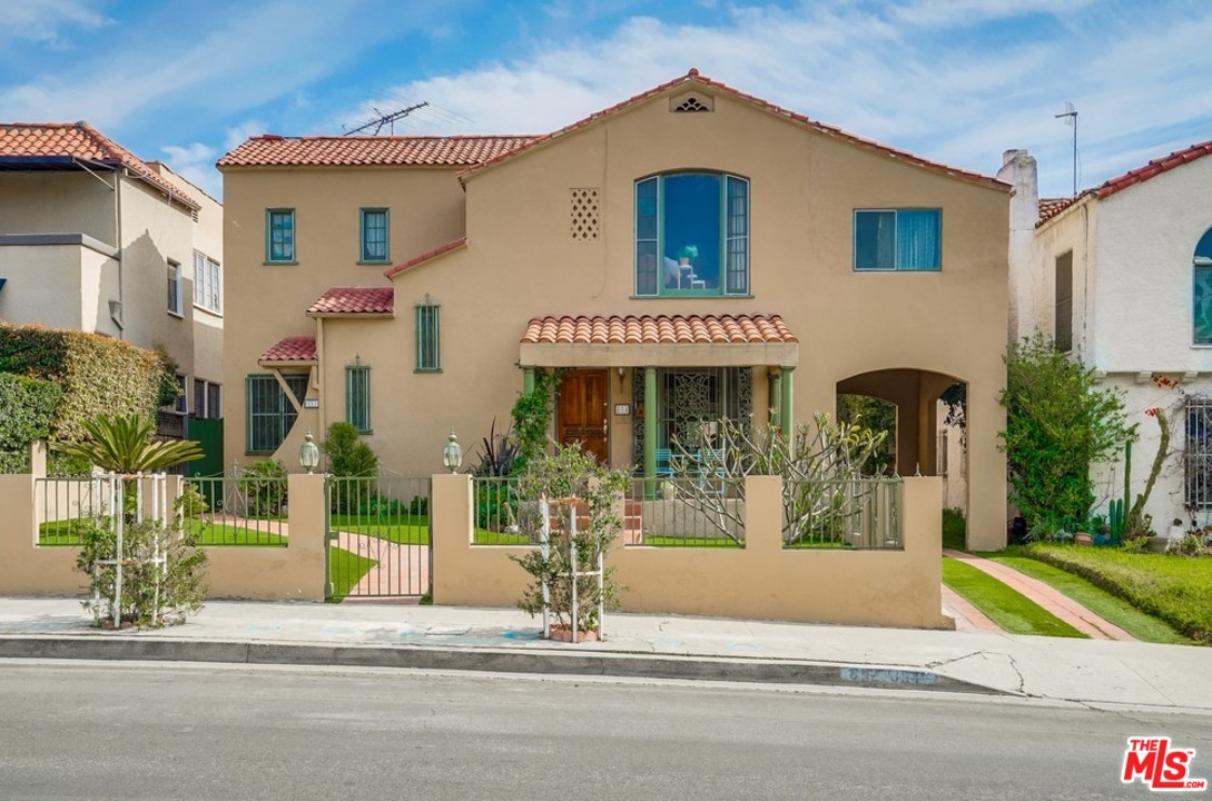 852 AVE S CURSON, one of homes for sale in Miracle Mile